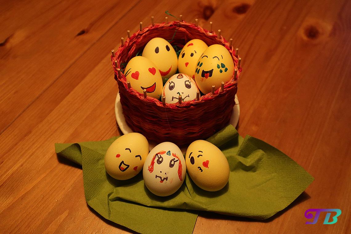 Ostereier Smiley Einhorn fertig Eier