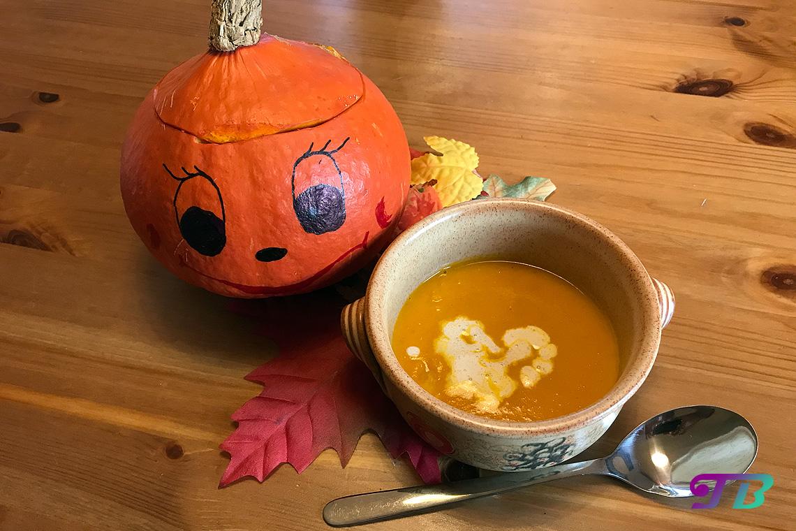 Herbst Kürbis Suppe Kürbisgesicht