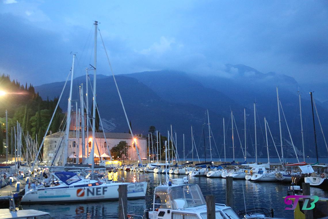 Italien Gardasee Riva Boote Hafen