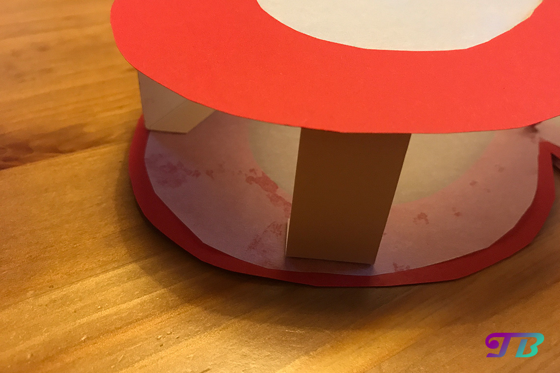 DIY Lastminute Lampion Herz Platzhalter oben ankleben