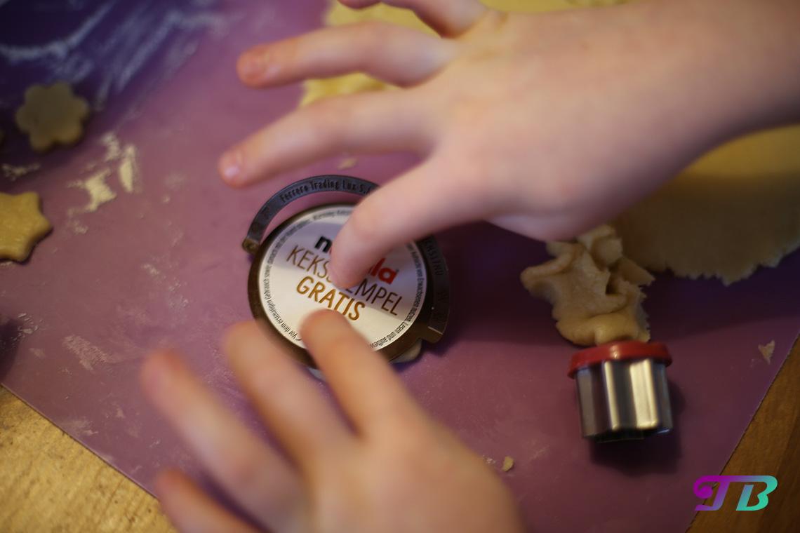 DIY Plätzchen Butterplätzchen Nutella Stempel Weihnachtsmotiv