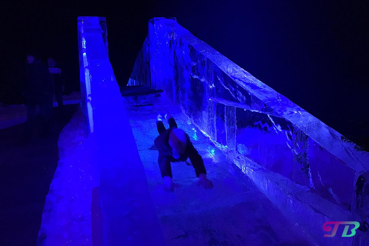 Eiswelt Dresden Eis Rutsche Blaue Wunder