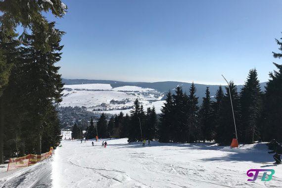 Skifahren Ski Abfahrt Fichtelberg Oberwiesenthal