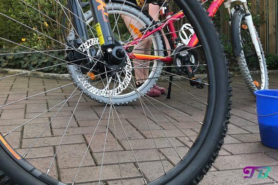 Fahrrad Tour putzen frühlingsfit