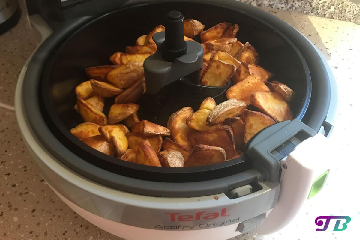Kartoffelecken Wedges Kartoffeln Actifry Tefal fertig gegart