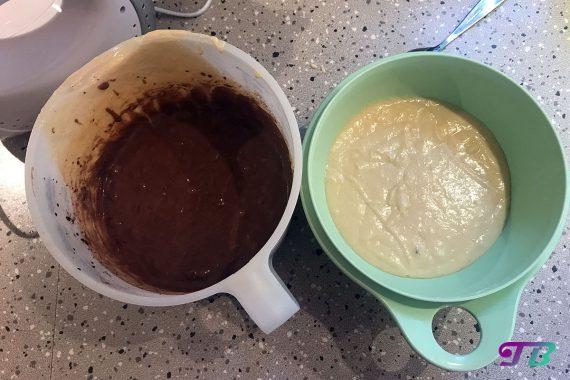 Mini-Muffins Teig hell und dunkel