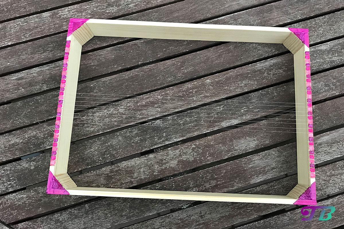 DIY Webrahmen Holz farbig bespannt