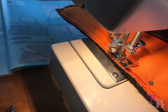 burda accessoires Magazin Clutch Seitenteile zusammennähen