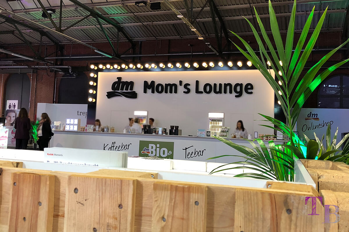 GLOW by dm Station Berlin 2018 MOm's Lounge