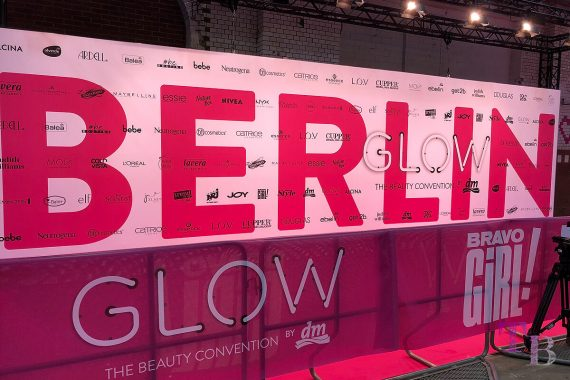 GLOW by dm Station Berlin 2018 Pink Carpet Glowcon