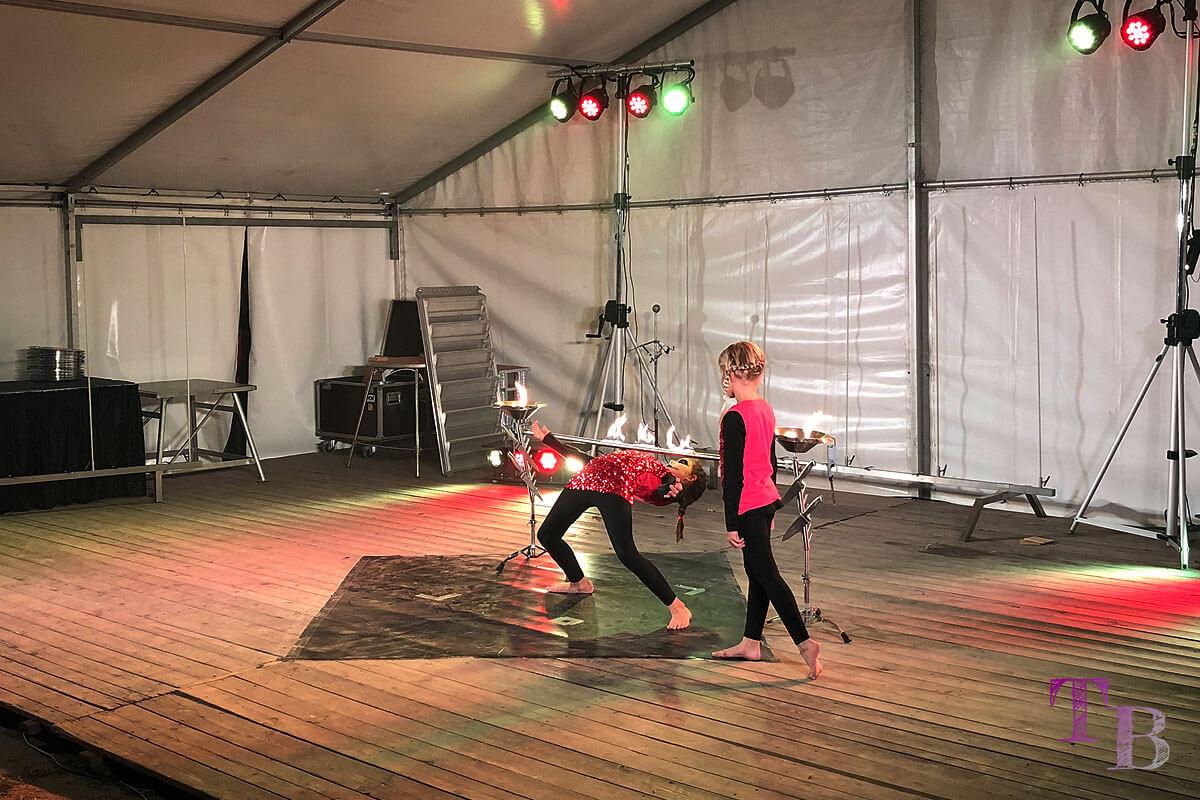Irrgarten Kleinwelka Geisternacht 2018 Programm Akrobatik Limbo