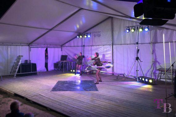 Irrgarten Kleinwelka Geisternacht 2018 Programm Akrobatik Hula Hoop Reifen