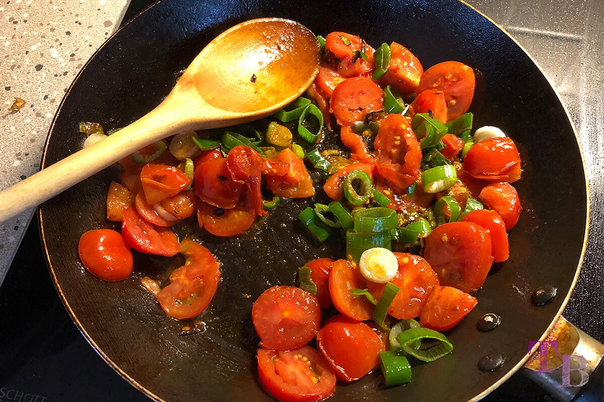 Vegane Nudeln DIY Beilage Tomaten Olivenöl