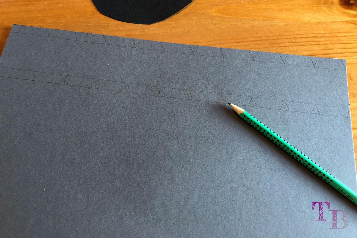 Micky Maus Lampion DIY Abstand Streifen Boden