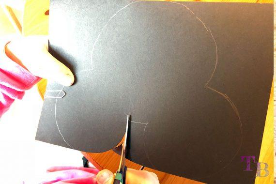 Micky Maus Lampion DIY Kopf Tonkarton ausschneiden
