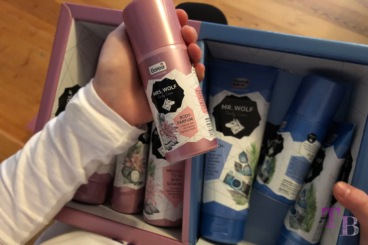 Unboxing Maren und Tobi Box Mrs Wolf Body Parfum