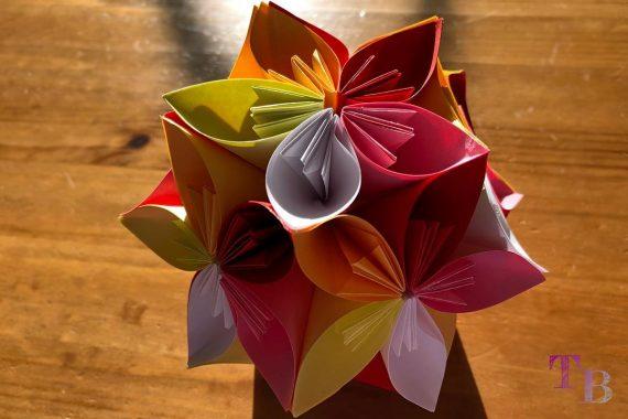 Blüten Papier Kusudama DIY Blütenball