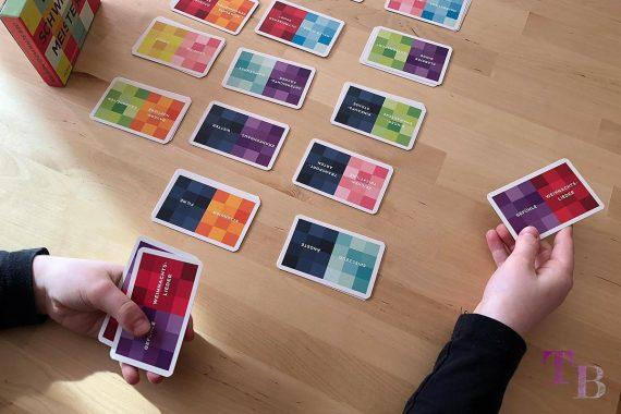 Gamely Games Der Schwindelmeister The Pretender Karten geben