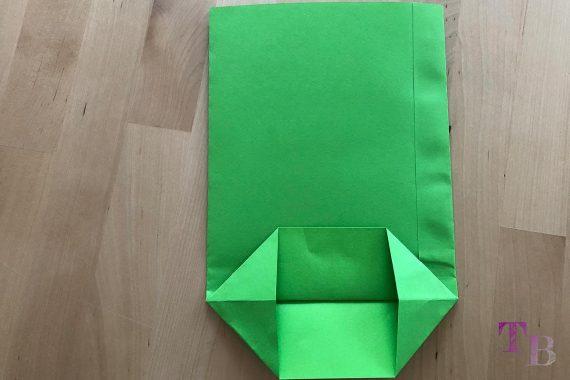 DIY Papiertüte DIN A4 Blatt Boden öffnen