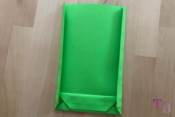 DIY Papiertüte DIN A4 Blatt Seiten falten