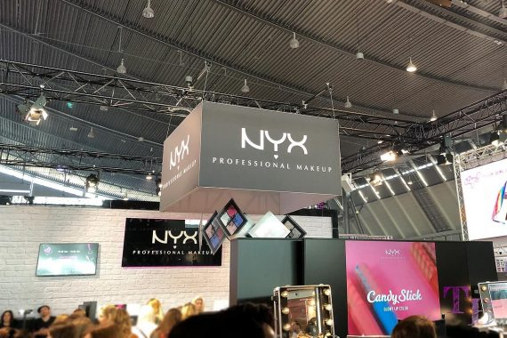 GLOW by dm Stuttgart NYX