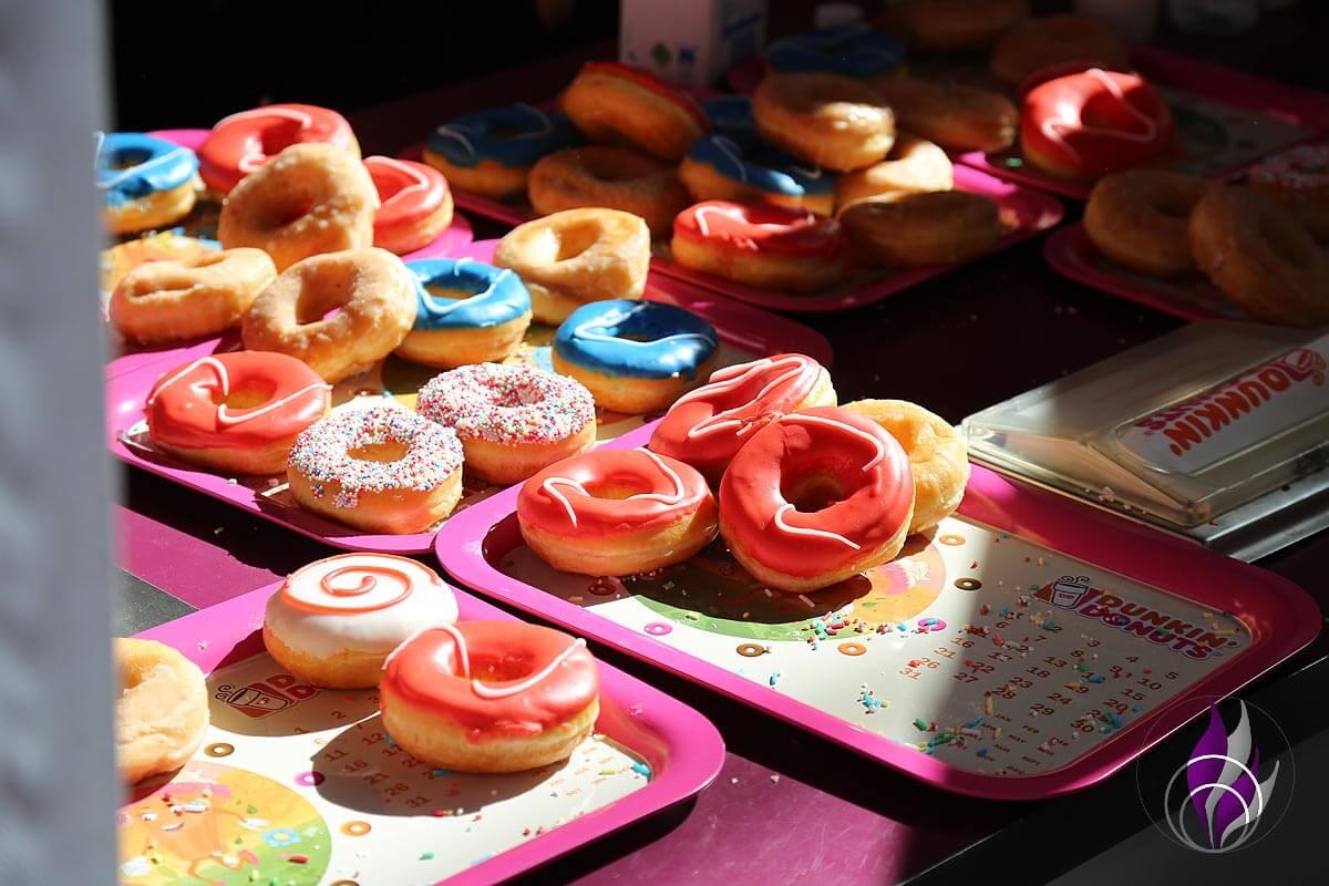 GLOW by dm 2019 Berlin Dunkin' Donuts