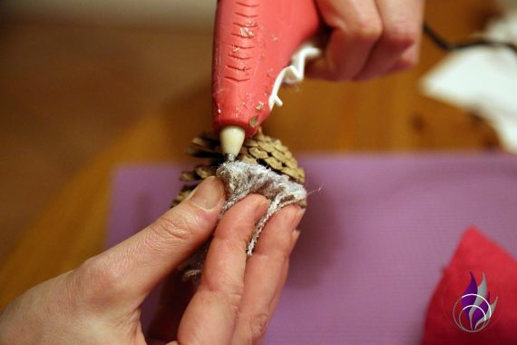 Wichtel DIY Weihnachten Bart Heißkleber